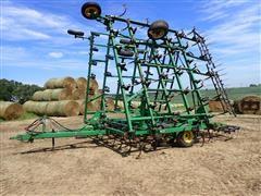 1998 John Deere 980 42' Field Cultivator