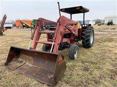 1985 Case IH 885 2WD Tractor W/Case IH 2255 Loader
