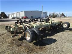 Orthman 3-Pt 20' Ripper W/NH3, Rolling Baskets & Rear Hitch