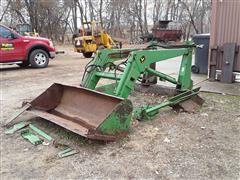 John Deere 148 Hydraulic Loader