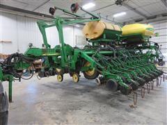 2006 John Deere 1790 CCS 24 Row Planter