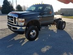 2008 Ford F350 Super Duty XLT Cab & Chassis 4x4 Dually Pickup