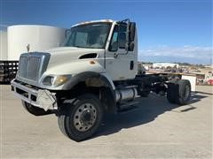 2005 International 7300 DT466 4x4 Cab & Chassis
