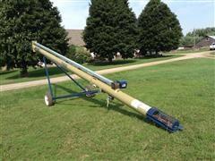 International Harvester T1032 Grain Auger