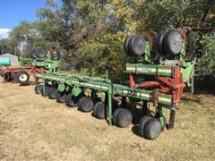 Wetherell 2700 8R/12R30 Cultivator