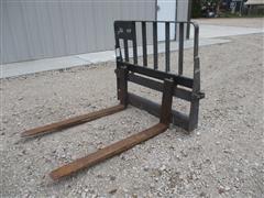 """New Holland 48"""" Skid Steer Pallet Forks"""