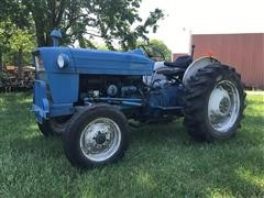 Ford 2000 2WD Tractor