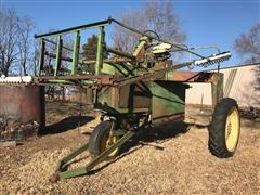 John Deere 700 High Crop Wicker