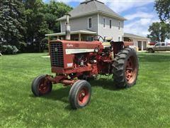 1971 Farmall 544 Hydro 2WD Tractor
