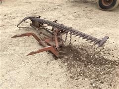 International 2-Pt 7' Sickle Mower