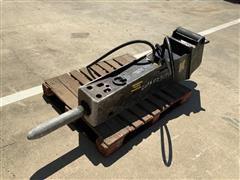 2015 Stanley MBX15E09 1,000 LBS Hydraulic Breaker