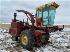 1975 New Holland 1890 Self-Propelled Forage Harvester