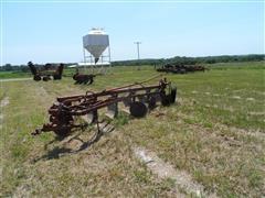 International 560 Steerable Plow