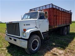 1982 GMC Brigadier T/A Grain Truck