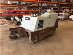 2001 Minuteman Powerboss CSS/82 Self-Propelled Floor Sweeper