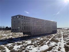 2000 Wilson PSDCL-302 Tri/A 53' Livestock Trailer