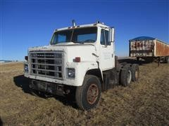 1978 International F2275 T/A Truck Tractor