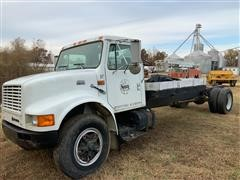1997 International 4900 Cab & Chassis