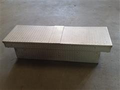DeeZee Silver Series 5' Wide Pickup Toolbox