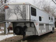 2002 Sundowner 8012 Sierra T/A Livestock Trailer w/Living quarters