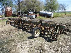 John Deere ER014 8-Row Cultivator