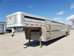 2012 Featherlite 8121 T/A Livestock Trailer