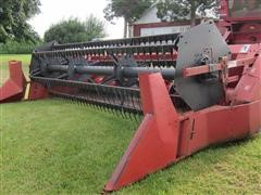 International 820 Grain Platform