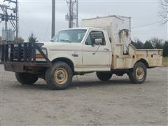 1993 Ford F250XL 4WD Feed Truck
