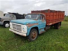 1972 Ford F600 T/A Grain Truck
