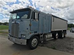 1990 Kenworth K100E Tri/A Grain Truck