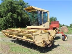 New Holland 1112 Self-Propelled Windrower
