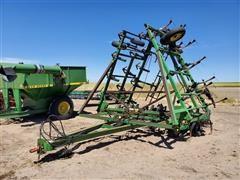 John Deere 610 Field Cultivator