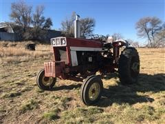 1975 International 966 2WD Tractor