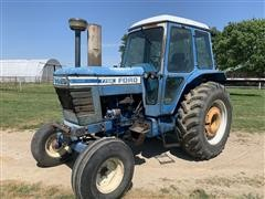 1979 Ford 7700 2WD Tractor w/ Loader, Bucket & Bale Spear