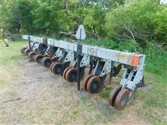 Hiniker 5000 Series High-Residue Cultivator