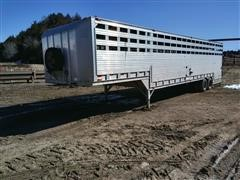 1995 Barrett Circle B Ground Load T/A Livestock Trailer
