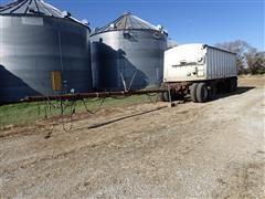 1996 HKEG 825SP-22496-81 T/A 25' Hopper Bottom Grain Trailer