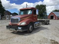 2007 Freightliner Columbia 120 T/A Cab & Chassis