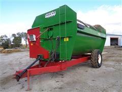2014 Farm Aid 680-0116 Mixer Feeder Wagon