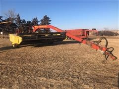 New Holland 1475 Hydra Swing Pull Type Swather