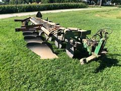 John Deere 2600 5 Bottom Plow