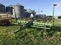 "John Deere 7200 MaxEmerge 2 6R30"" Planter"