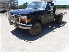 1997 Ford F350 4x4 Pickup W/ DewEze Flatbed Bale Bed