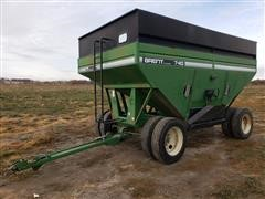 Brent 740 Gravity Wagon