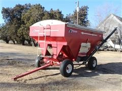 E-Z Trail 3400 Grain Cart