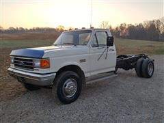 1989 Ford F Super Duty Cab/Chassis