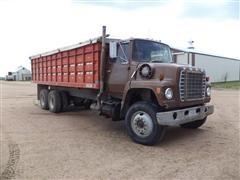 1981 Ford LNT8000 Grain Truck