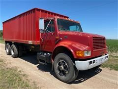 1994 International 4900 4x2 T/A Grain Truck