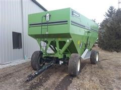 1997 Parker 6250 Harvest Wagons