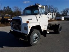 1989 Ford LN8000F Cab & Chassis